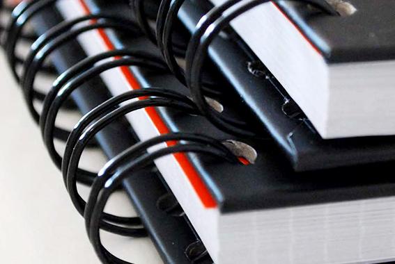 Encadernação - Europress Indústria Gráfica, Impressão Offset, Impressão Digital